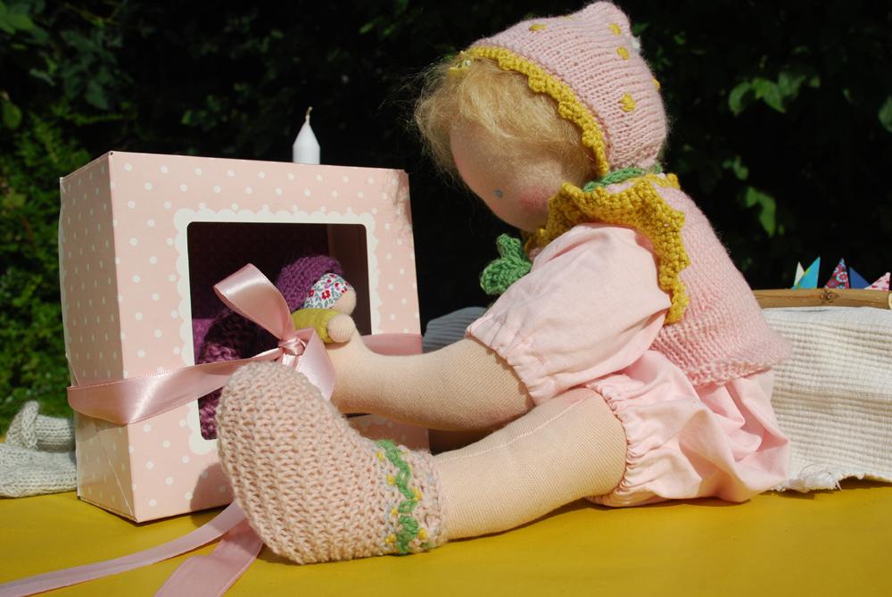 Alma Babypuppe nach Art der Waldorfpuppe